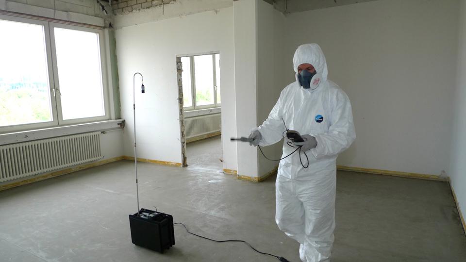 Raumluftmessung: Kontrolle der Asbestfaser-Belastung nach einer Asbestsanierung
